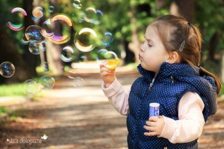 Jak urządzić zdrowe przyjęcie urodzinowe dla dzieci?