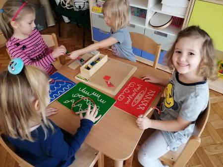 Gr. 3. - Zabawki edukacyjne - MINIKON