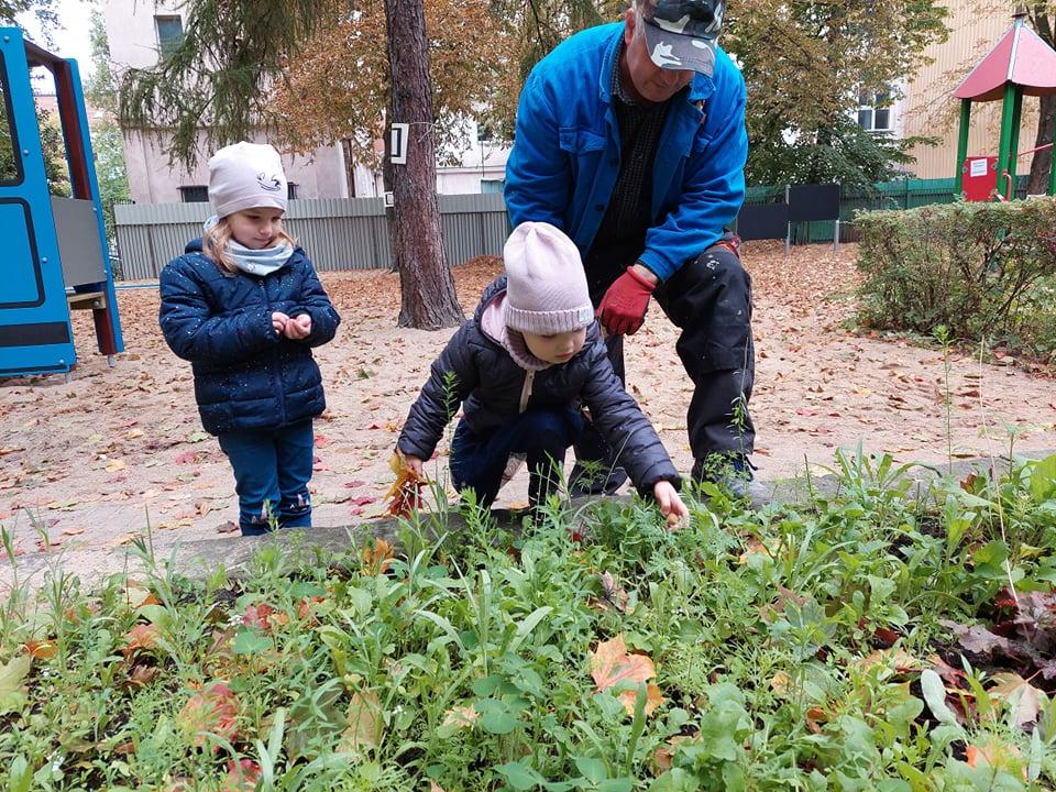Ukwiecamy ogród przedszkolny - Gr. 2 i Gr. 4